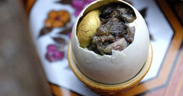 Trẻ dưới 5 tuổi không nên ăn trứng vịt lộn